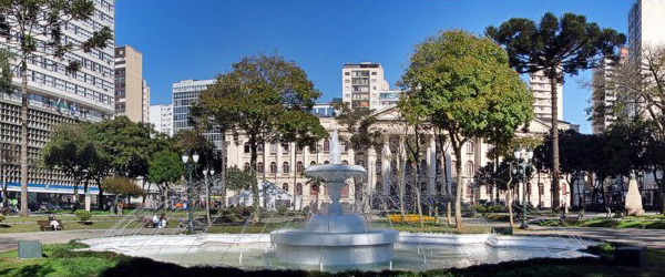 A minha rua… Curitiba.