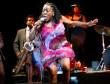 Sharon Jones & The Dap-Kings no Cool Jazz Fest, em 4/7.