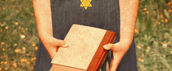 """A Bibliotecária de Auschwitz"" | Antonio G. Iturbe"