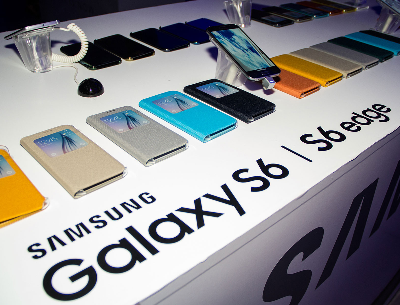 Aleksandar Protic e Samsung na ModaLisboa Curiouser
