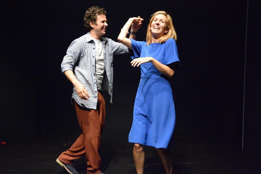 CONSTELAÇÔES de Nick Payne - EM CENA @ Teatro Aberto