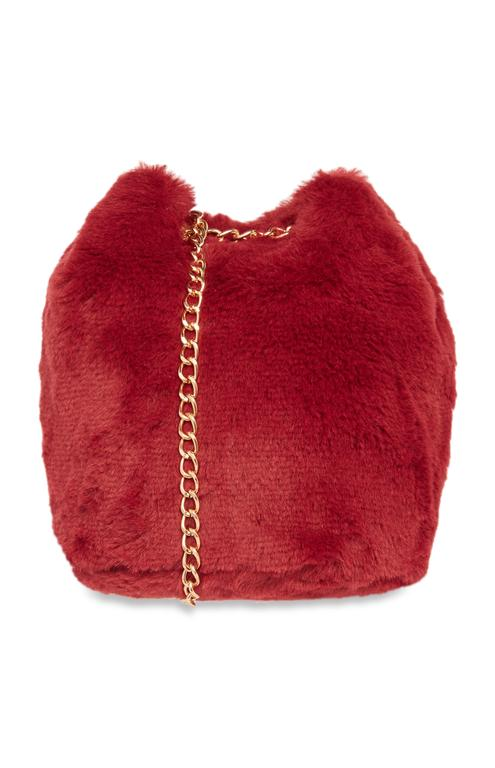 Red Faux Fur Bag ú6 E8 $10