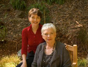 """""""A Sociedade Literária da Tarte de Casca de Batata"""" de Mary Ann Shaffer e Annie Barrows"""