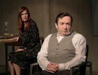 Bertolt Brecht X2 em Almada: da comédia sobre a burguesia à tragédia do nazismo na Europa